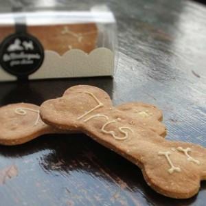 biscuits-pour-chiens-personnalises-cacahuete